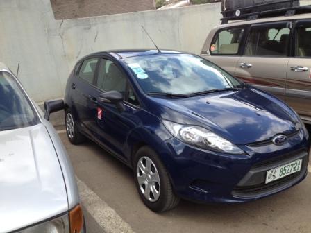 small vehicle 2